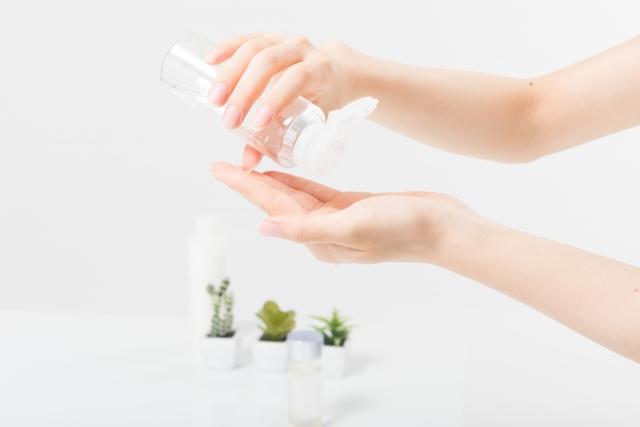大人ニキビを保湿して改善・予防するための正しいスキンケア方法