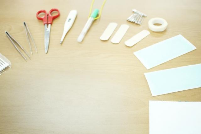 ニキビを針で潰して治すために準備する道具