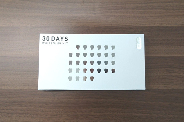 美歯口30DAYSホワイトニングキットの箱
