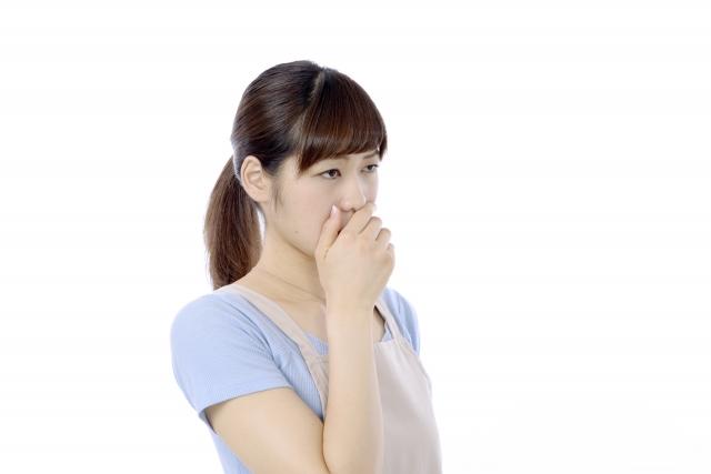 口臭がナフタリン臭くなる原因